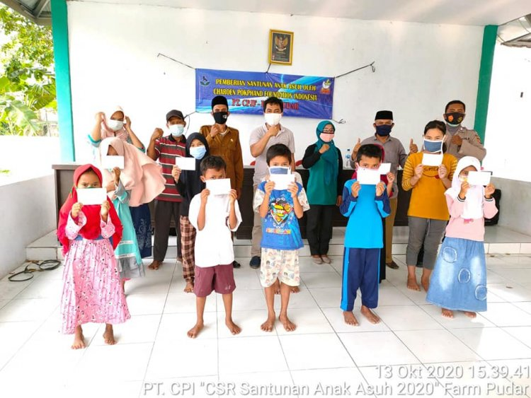 PT Charoen Pokphand Beri Beasiswa Anak Asuh