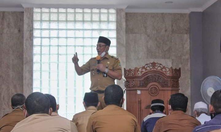 Dipimpin Helldy - Sanuji Masjid Pemkot Adakan Kultum