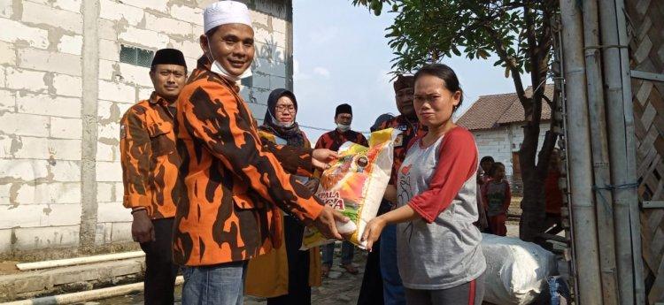 Supriyatno Door to Door Bagikan Sembako