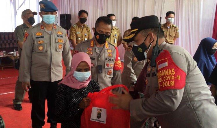 Meriahkan HUT RI ke-76, Polres Metro Tangerang Kota menggelar Baksos