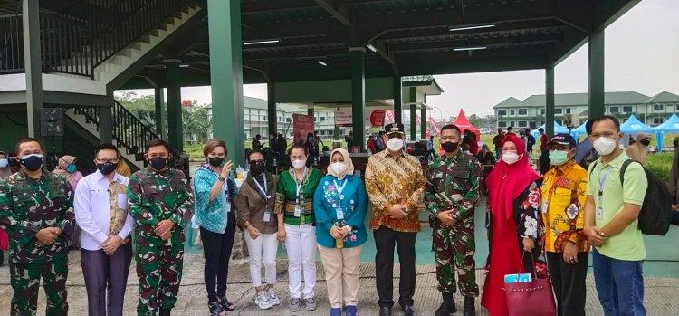 Ben Hangatkan Suasana Vaksinasi Massal Tim Fasilitasi CSR Tangsel