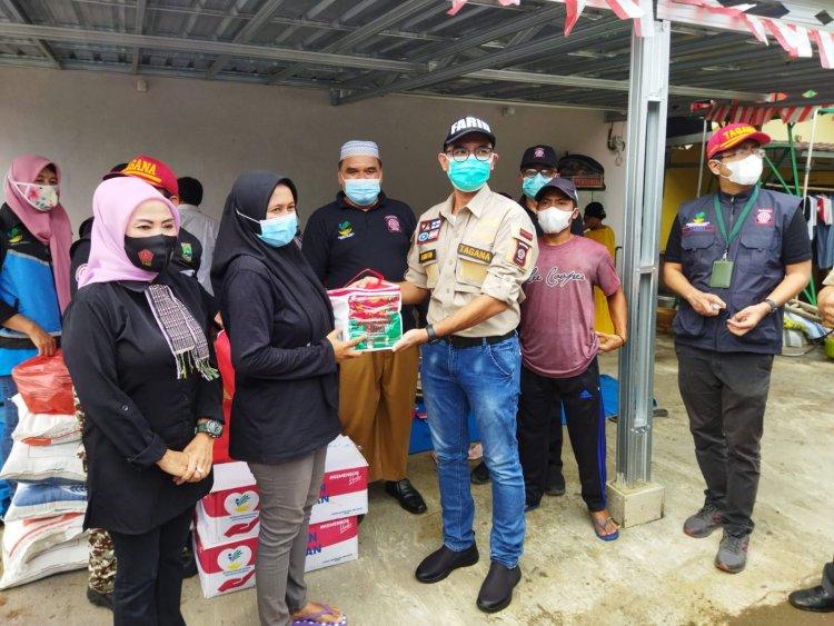 Kemensos dan Tagana Berikan Bantuan Kepada Korban Banjir